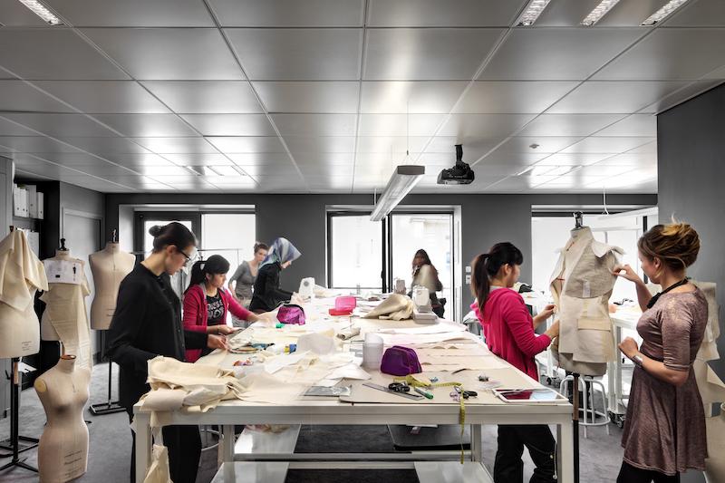 Moda Tasarım Okulu Açmak